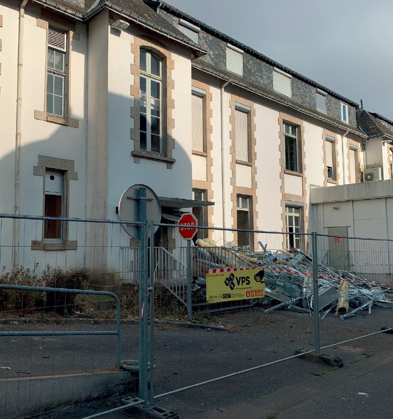 Début de la déconstruction de l'ancien hôpital